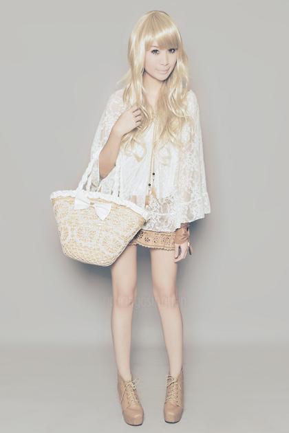 blonde + boots / florals + dots
