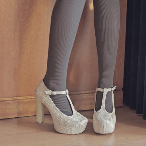 Tricia Gosingtian Fashion Personal Style Blog