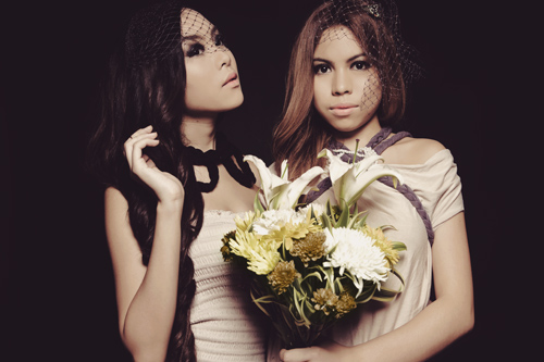 Photo Shoot: Krissy and Ericka – Dark Fairytale