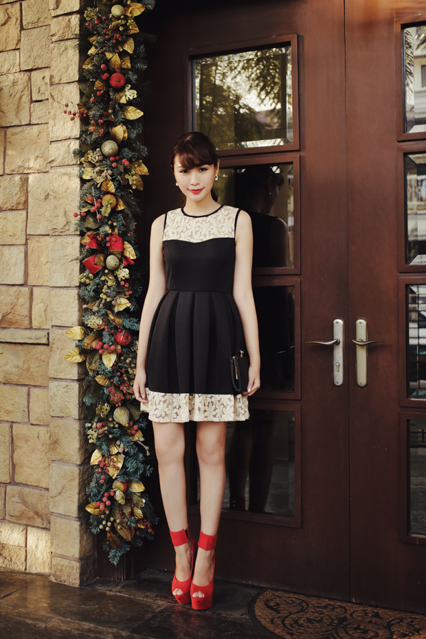 Tricia Gosingtian Apartment 8 Christmas