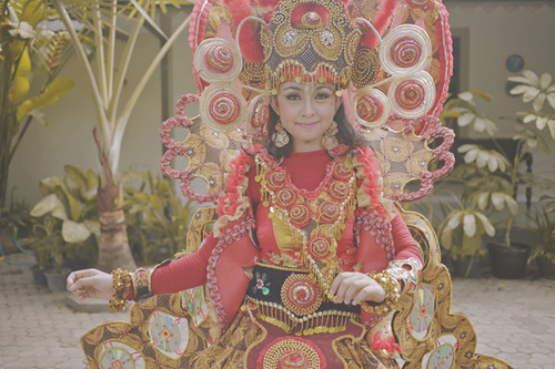 Tricia Gosingtian Indonesia