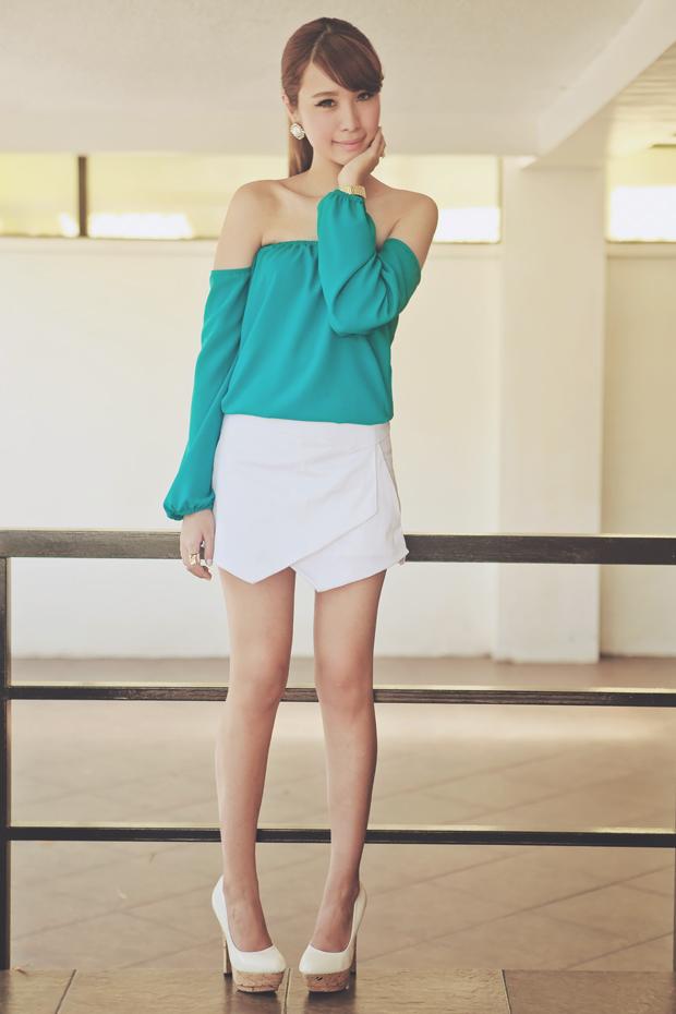 Tricia Gosingtian Apartment 8 Clothing