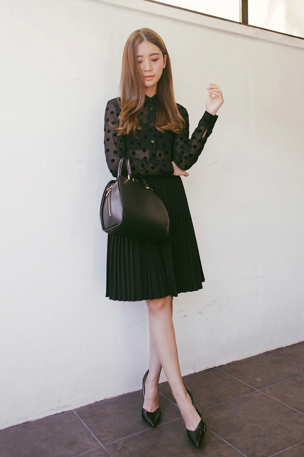 Class to night out: black and white skirt