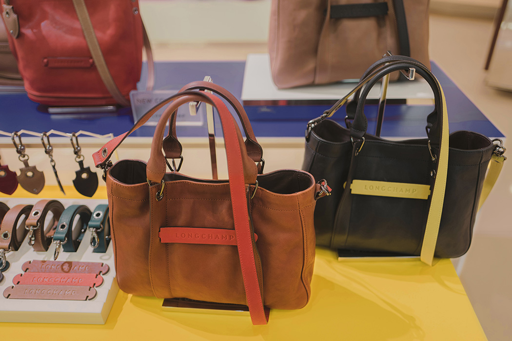 0c741334c3fd Actual examples of personalized hobo and tote bags in autumn winter colors.  Getting a classic black 3D and pairing it with vibrant accessories